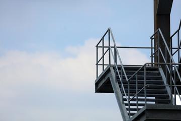 Fluchttreppe Fluchtweg an einem Industriegebäude