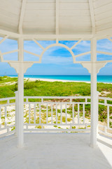 Fototapete - Balcony with a view of  the tropical beach of Varadero in Cuba