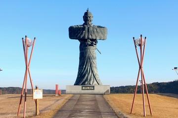 弥五郎どんの銅像