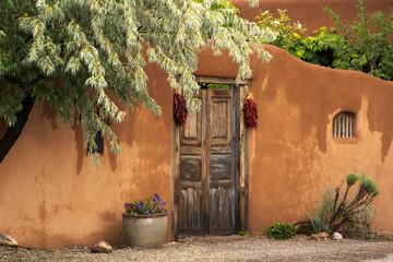 Entryway near Canyon Road in Santa Fe Fotoväggar