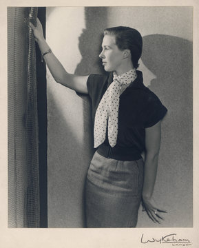 1950s Girl by Wykeham. Date: 1950s