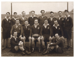 Sport - Rugby - Team Photo. Date: 1945