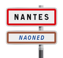 Panneau d´entrée d´agglomération - Nantes Naoned
