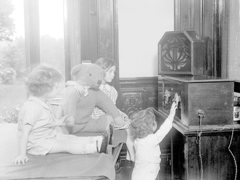 Children Listen to Radio. Date: early 1930s