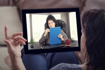 Woman has ability to reach psychologist remotely