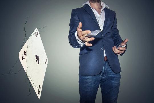 Karten werfen
