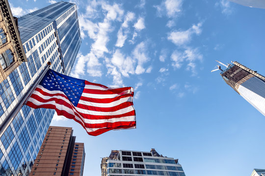 Construction of 1WTC and the American Flag