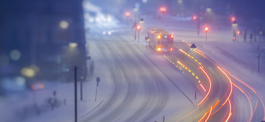winter night traffic