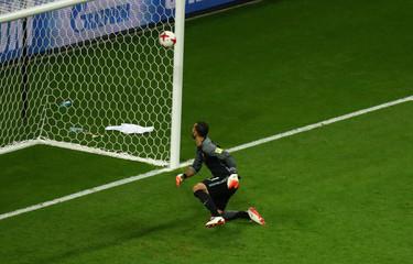 Portugal v Chile - FIFA Confederations Cup Russia 2017 - Semi Final