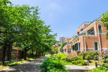 緑に包まれた住宅街