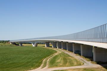 Fernverkehrsbrücke über die Elbe