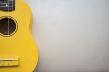 guitar, ukulele