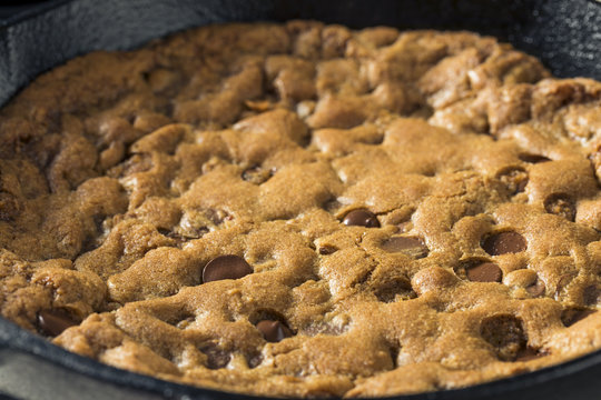 Hot Homemade Chocolate Chip Skillet Cookie