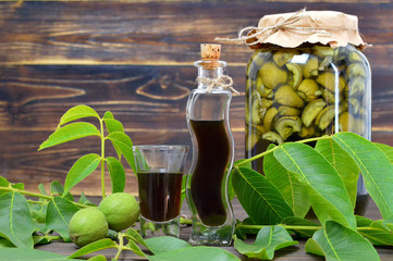 Preparing green walnut liqueur