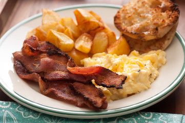 scrambled eggs and bacon breakfast