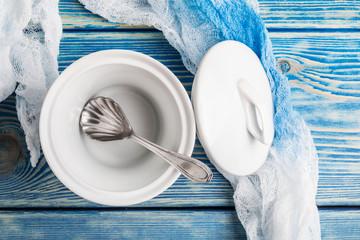 Sugar bowl empty.