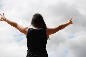 le monde vous appartient : libre comme l'air