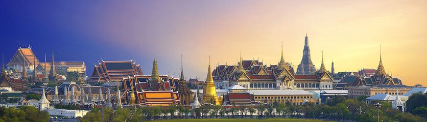Wat pra kaew, Grand palace Temple of the Emerald Buddha full official name Wat Phra Si Rattana Satsadaram is travel destination in Bangkok ,Thailand on white background.