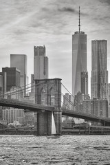 Brooklyn Bridge and Manhattan skyscrapers, New York City, USA.