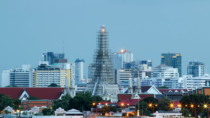 BANGKOK, THAILAND - JULY 2, 2017 : Twilight at Arun temple water front bangkok thailand landmark.