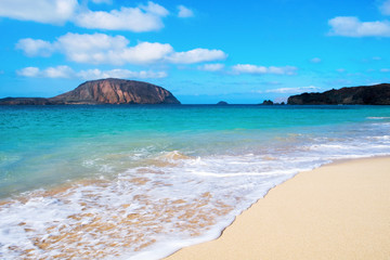 Foto op Aluminium Canarische Eilanden Conchas Beach in La Graciosa, Canary Islands, Spain