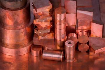 Verschiedene Kupferprofile zur Rohstoffgewinnung