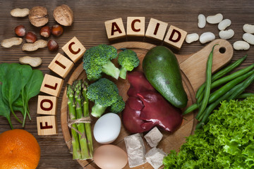 Natural sources of folic acid Fototapete