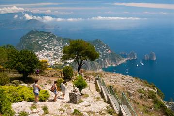 Capri, i faraglioni da Monte Solaro