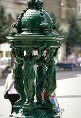 Foto op Aluminium Fontaine fontaine publique