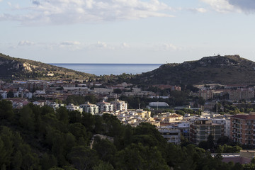 Cagliari: panorama cittadino visto dal colle di Monte Urpinu - Sardegna