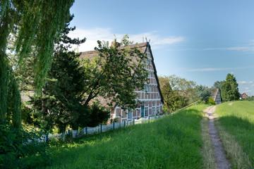 Altländer Bauernhaus am Deich