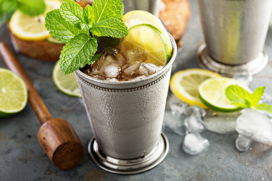 Classic mint julep cocktail