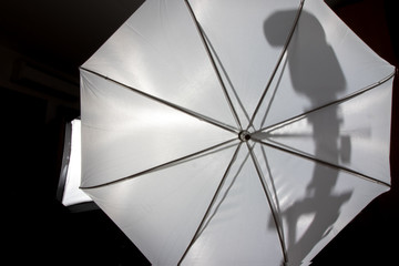 Umbrella Speedlight Shadow