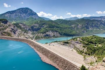Barrage de Serre-Poncon (Hautes Alpes)