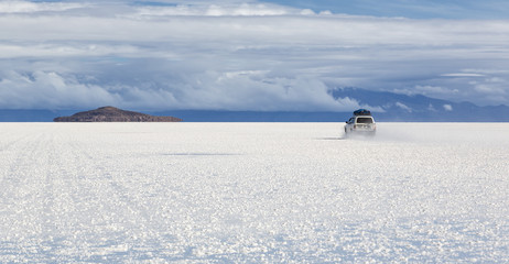 On the way to Isla Incahuasi at Salt Lake Uyuni (bolivia)