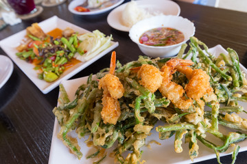 spicy deep fried morning glory salad