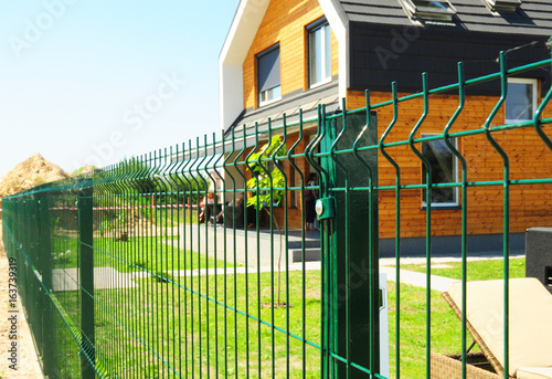 modern metal fence design. Metal Fencing With Modern House Outdoor. Fence Design. Design F