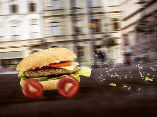 Fastfood - Burger wird schnell ausgeliefert