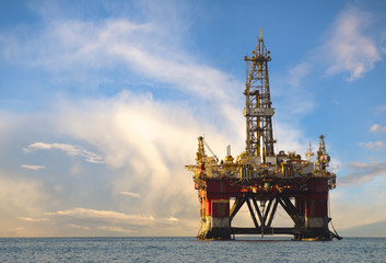 Drilling platform during the coming storm Wall mural