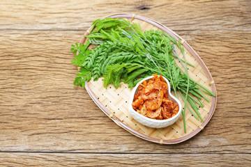Shimp chili sauce and Leucaena leucocephala