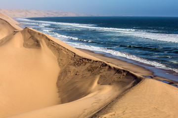 Foto auf Leinwand Kuste Atlantic coast of Walvis Bay, Namibia