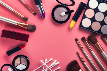 Set cosmetics makeup