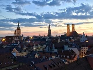 Sonnenuntergang in München (Bayern)