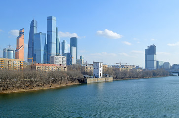 Москва, Шелепихинская набережная. Жилые многоэтажные дома и современные небоскребы
