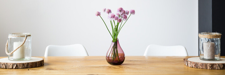 Vase with pink flowers