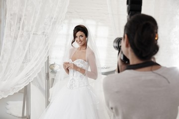 Photographing the bride