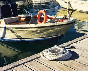 Barca da pesca ormeggiate nel porto