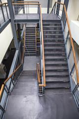 dik merdiven