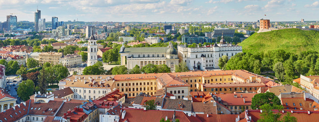 Beautiful panorama of Vilnius Old Town, Lithuania Fototapete