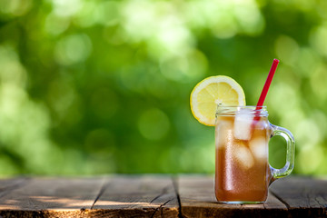 Fresh Lemon Iced Tea